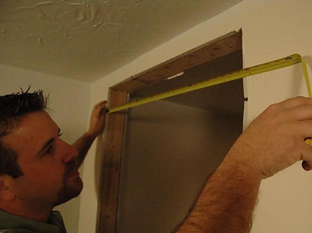 Как установить межкомнатную дверь своими руками: от замера проема до навески полотна и монтажа облицовки